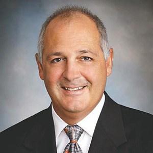 Lee County CCIMs Complete $8.1M Fort Myers Portfolio Sale
